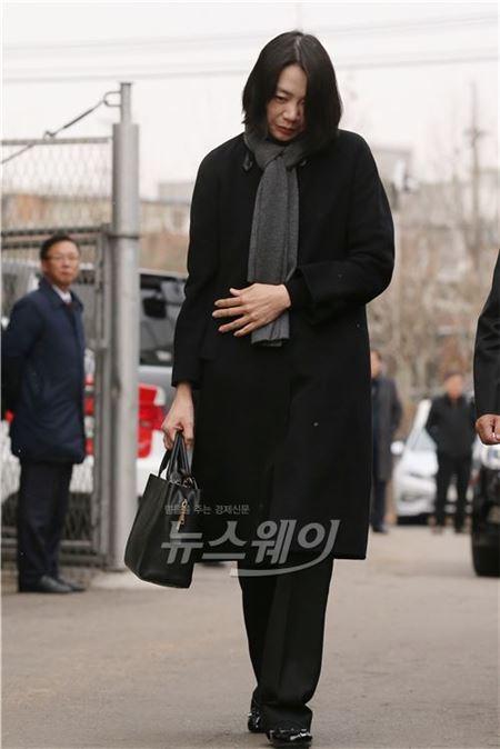 """조현아 전 부사장 """"대한항공 사무장 기내 폭행, 모르는 일"""""""