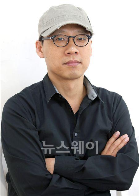 """'끝까지 간다' 김성훈 감독 """"'각본상' 이선균-조진웅 감사하다"""""""