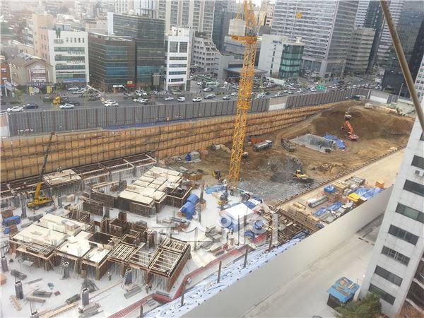 건설사, 외국인 불법 고용 내국인 근로자 생계 위협