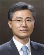 신한저축은행 사장에 김영표 신한은행 부행장 선임