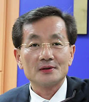 """김영한 민정수석 운영위 불참…""""긴급상황 대비해야"""""""