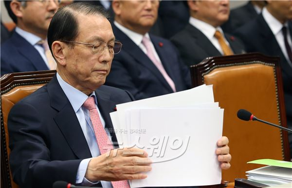 운영위 전체회의 난항…자료제출이 또 '발목'