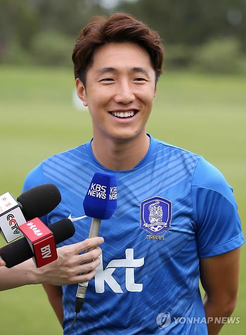 한국-오만, 조영철 선제골로 1-0 전반 마쳐