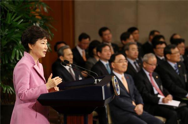 朴대통령 신년회견, 인적쇄신 구상 나오나