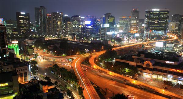 국민저력으로 한국경제 飛翔 한다