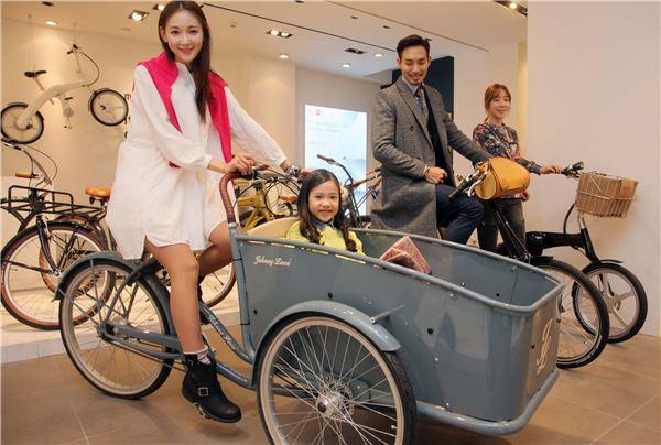 신세계百, 명품관에 이색자전거 판매