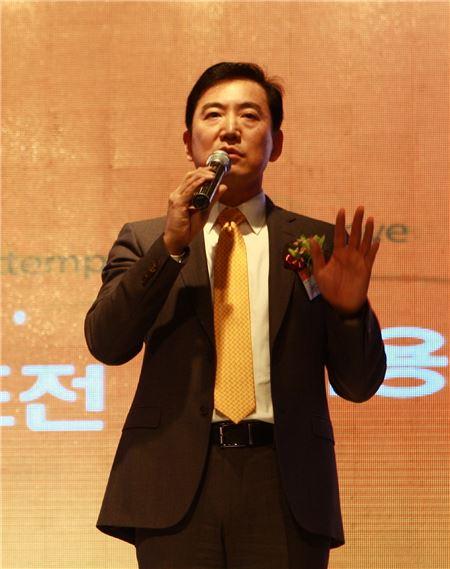 """최규남 제주항공 사장 """"매출 1조원 향해 뜁시다"""""""