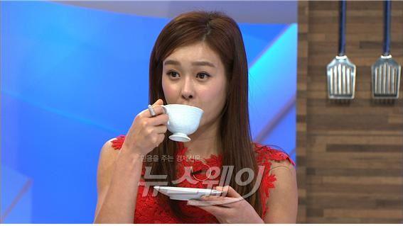'비타민', 커피 마시면 가슴 작아진다… 가슴작아질 확률 17%나 높아