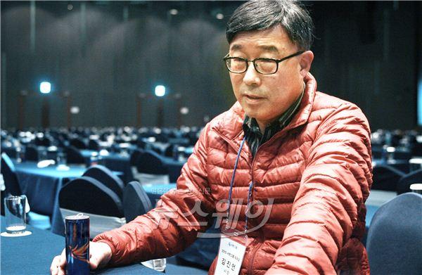 """김진언 서한산업 대표 """"車 부품 경량화로 매년 10% 성장"""""""