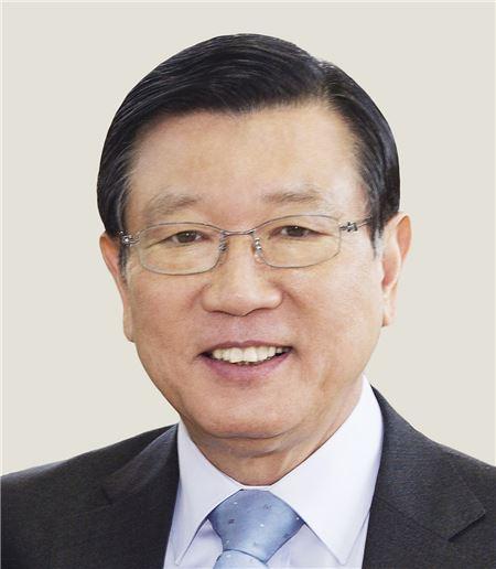 금호산업 인수전 주판 튕기는 신세계, 박삼구 회장의 운명은?