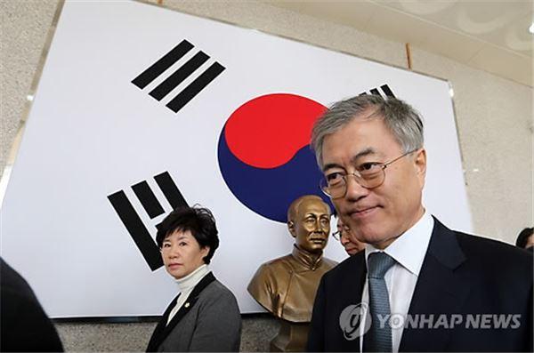"""문재인 """"김영란법 반드시 통과시킬 것"""""""