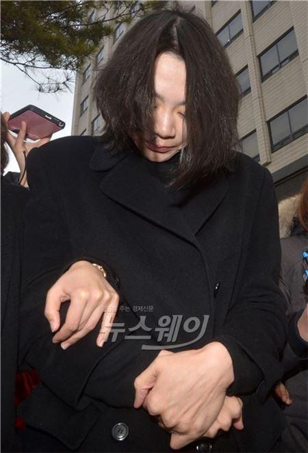 '땅콩 회항' 조현아 전 부사장, 美서 피소…女승무원이 訴 제기