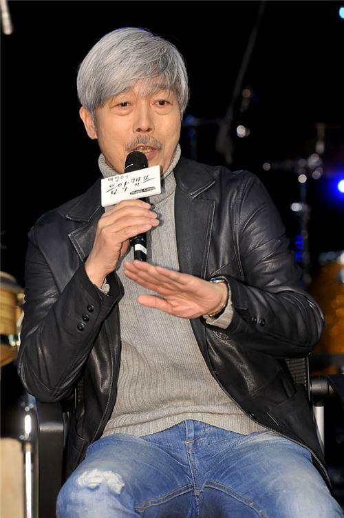 """25주년 맞이한 '음악캠프' 배철수 """"라디오는 삶 자체, 친구이자 애인"""""""