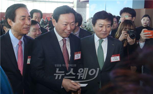 밝은 표정의 신동빈 롯데그룹 회장