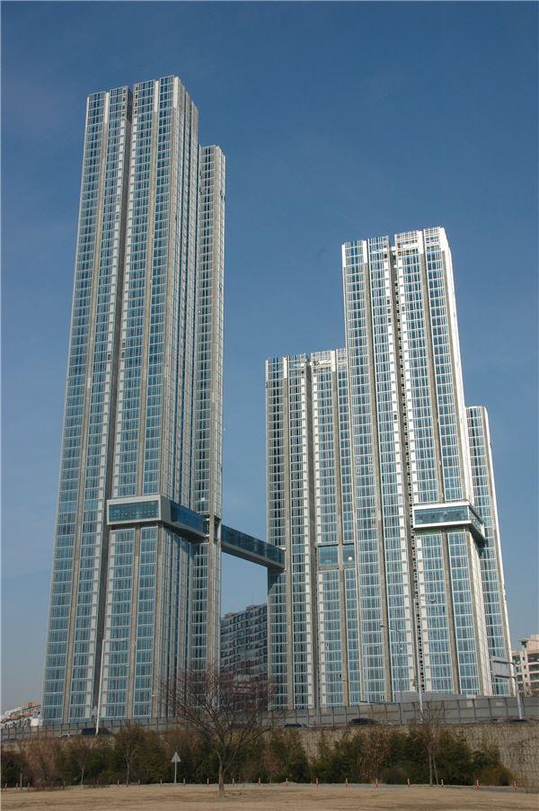 최고 56층, '래미안 이촌 첼리투스' 7월 입주예정