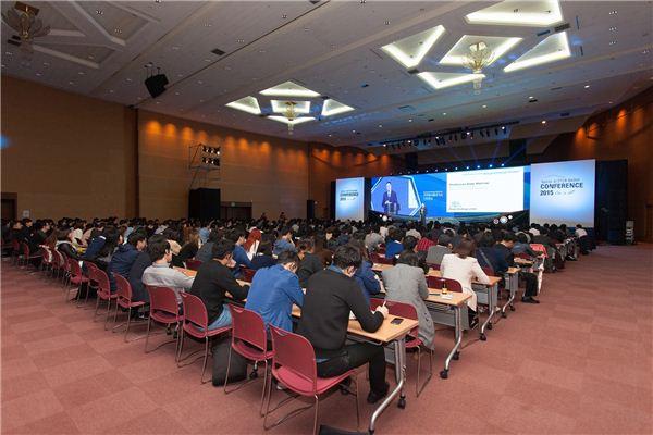 [서울모터쇼]국제 컨퍼런스 이어져...이틀간 '1천명' 운집