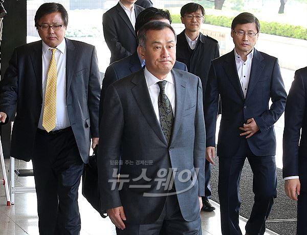 """장세주 동국제강 회장 """"검찰조사 성실히 임할 것"""""""