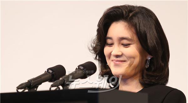 [NW포토]밝은 표정의 이부진 호텔신라 사장