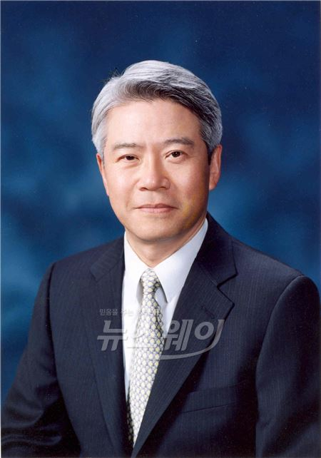 동양사태 현재현 전 회장, 항소심서 징역 7년 선고