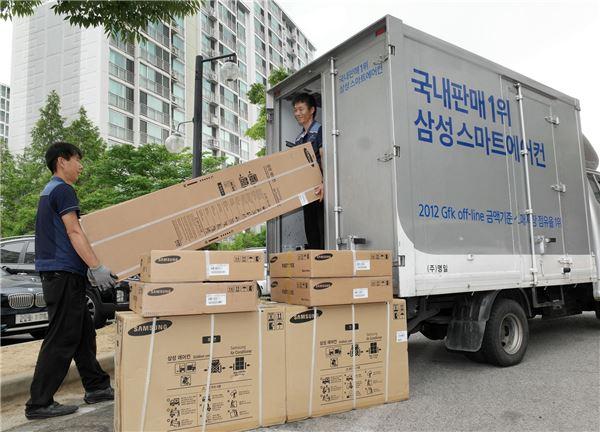 [NW포토]삼성전자, 이른 무더위에 에어컨 배송도 폭주
