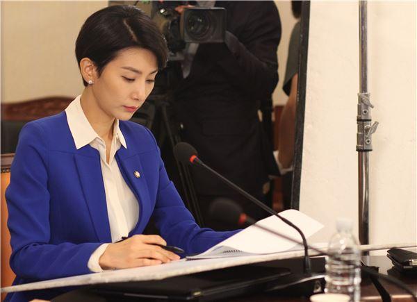 김서형, 숨겨진 야망 폭발…드디어 본색 드러내나? (어셈블리)