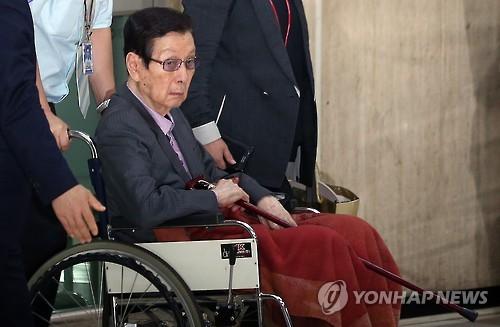 """신격호 육성 공개 """"신동빈·쓰쿠다 그만두게 했다"""""""