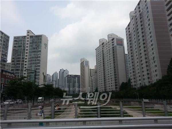 가계부채 대책 발표 D+2주, 강남·북 주택시장 '냉랭'