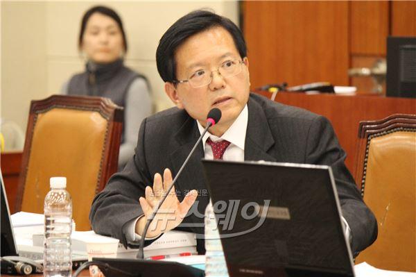 김기준 의원, 재벌 일감 몰아주기 규제 강화 법안 추진