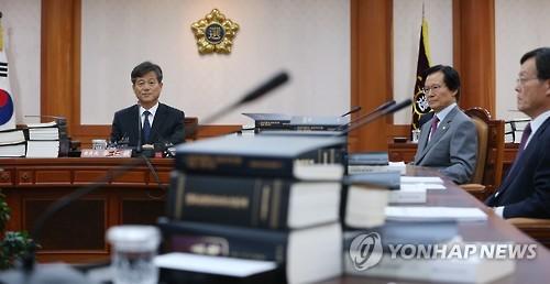 """선관위 """"정종섭, 선거중립 혐의 없음""""(종합)"""