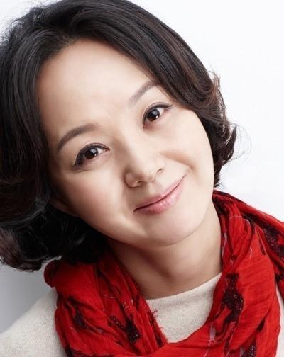 배종옥, '풍선껌' 캐스팅··· 종합병원 과장 役