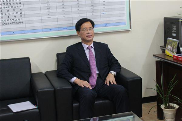 김무한 (재)산학협동재단 사무총장