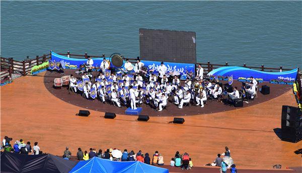 명량대첩축제, 해군 제3함대 군악대의 주제 공연