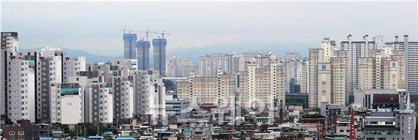 9월 주택매매, 전년比 0.6%↓…강남 등 아파트 실거래가↑
