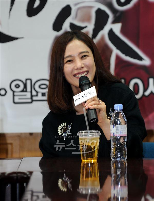 """김현주, 이것이 주말퀸 미소… """"3역 수고 인정해줘 감사"""""""