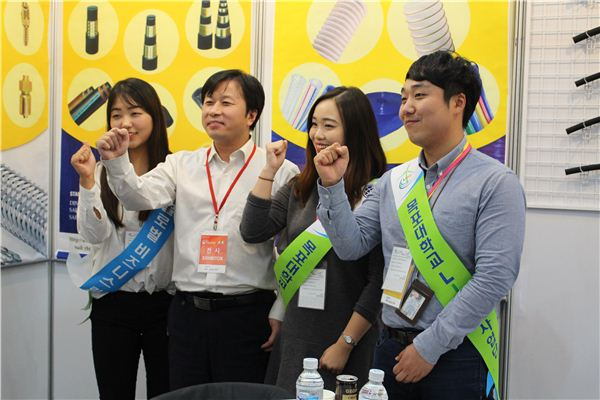 목포대 청년링커, '2015 농업박람회'에서 통역활동 펼쳐