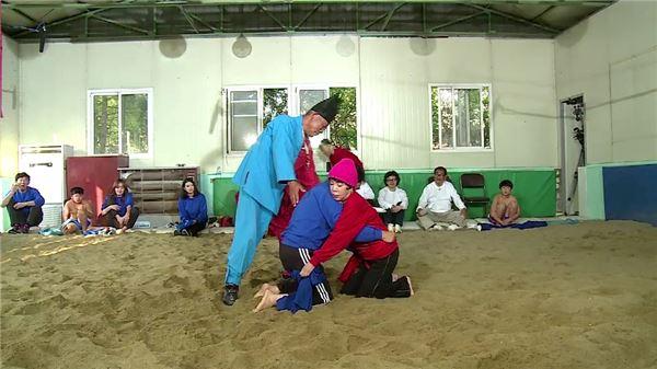 '나를돌아봐' 김수미·조영남 맞붙는다… '씨름 한판' 승자는?
