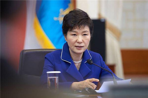 朴대통령, '총선行 장관 빈자리 채우기' 개각 가능성