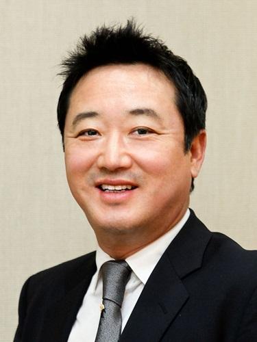 이웅열 코오롱 회장, '청년희망펀드'에 10억원 기부