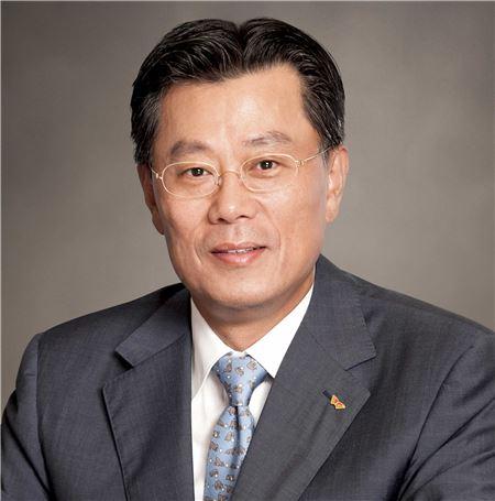조대식 SK㈜ 사장, 3Q 누적보수 12억9700만원