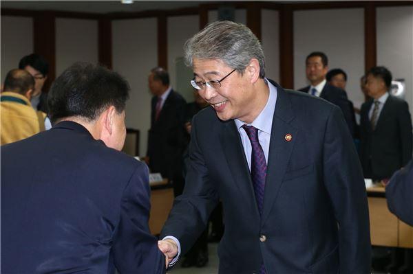 """임종룡 위원장 """"정책금융 개편 중소기업 불이익 없도록 하겠다"""""""