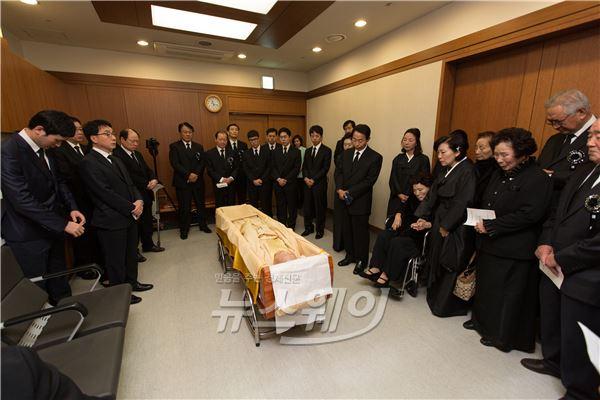 김영삼 전 대통령 입관식