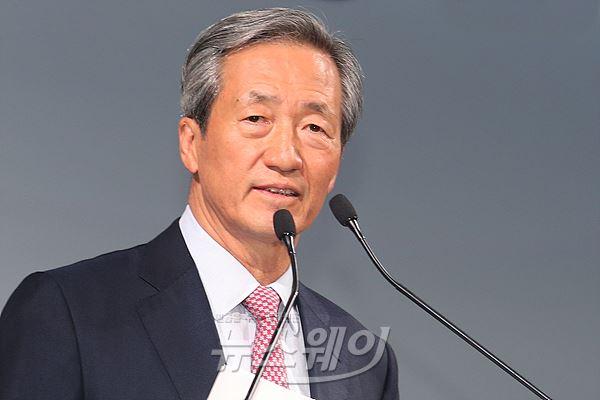 """정몽준 아산재단 이사장 """"경영복귀 의사 없다"""""""