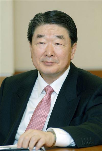 구본준 LG 부회장, 지주사行…신성장 사업 지원 총괄