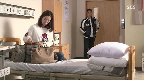 김현주, 지진희와 멜로 안방후끈… '애인 있어요' 패션까지 문의쇄도