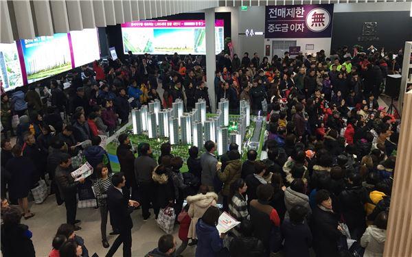 중흥토건, '청주 방서지구 중흥S-클래스' 모델하우스 주말 2만5000여명 몰려