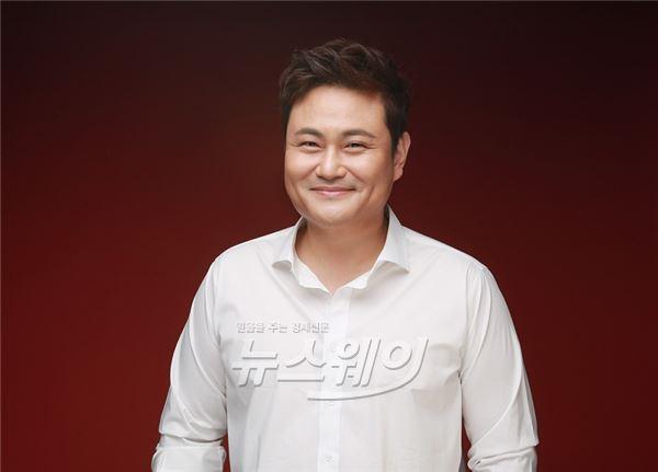'복면가왕' 파라오 김진수, '무림학교' 안방복귀… 이소연PD 우정출연