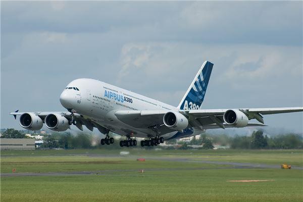 [포커스]항공업계의 고민 'A380을 어찌 할꼬'