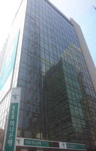 KEB하나은행 연말 특별퇴직에 700여명 몰려···올해 3번째 규모