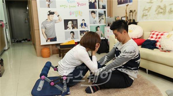 '님과함께2' 허경환, 오나미와 강제로맨스…'시크릿가든' 명장면 재현