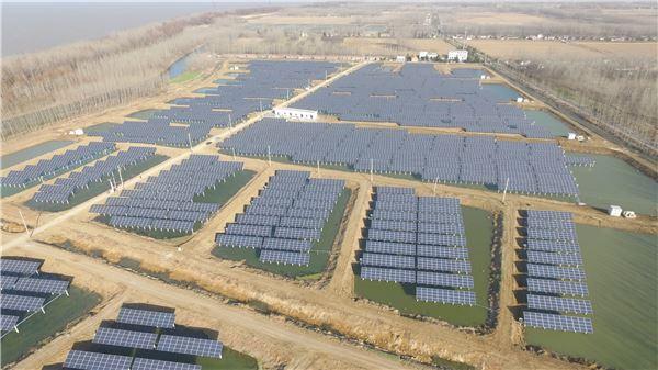 OCI, 中 훙쩌현 게 양식장에 '친환경 태양광 발전소' 준공